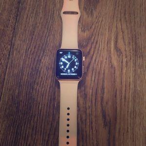 Apple Watch series 3; 42 mm